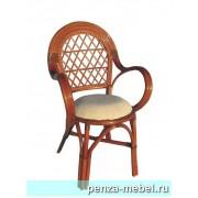 Кресло с подушкой